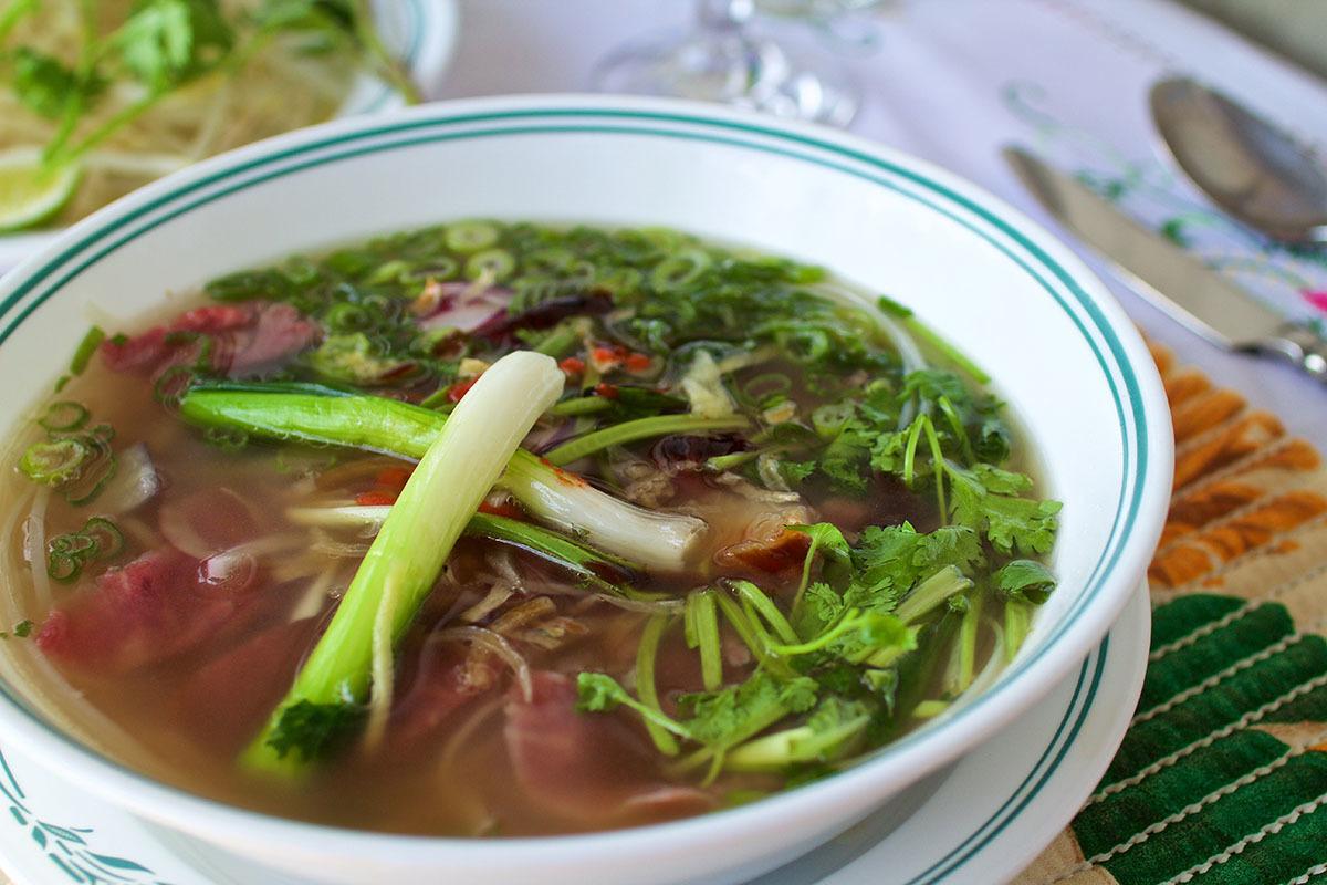 Pho Saigon au boeuf Soupes épicées